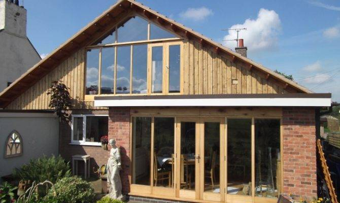 Bungalow Extension Raised Roof Accommodating Upstairs Bedroom