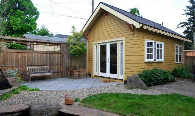 Cabin Plans Small Backyard
