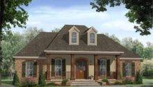 Classy French Country Inspired Homes Flowers Green Lawn Dickoatts