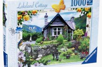 Country Cottage Collection Lakeland Jigsaw