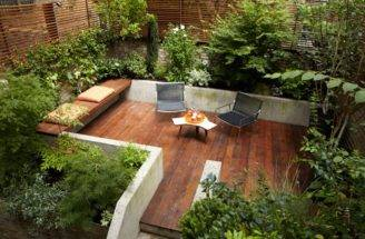 Courtyard Sleek Urban Setting Nice Mix Plants Decking Would