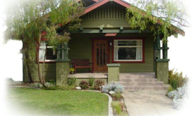 Cute Craftsman Bungalow