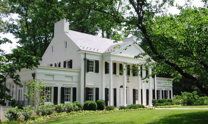 Donald Lococo Architects Classic American Neoclassical Home