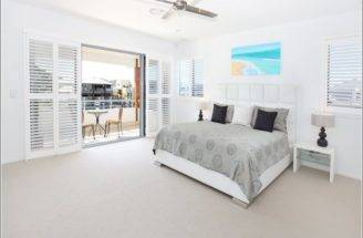 Here Home Bedrooms Chic Bedroom Designs Balconies