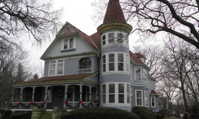 Joilieder Victorian House Napperville Houses