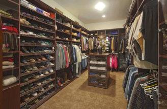 Luxury Walk Closet Designs