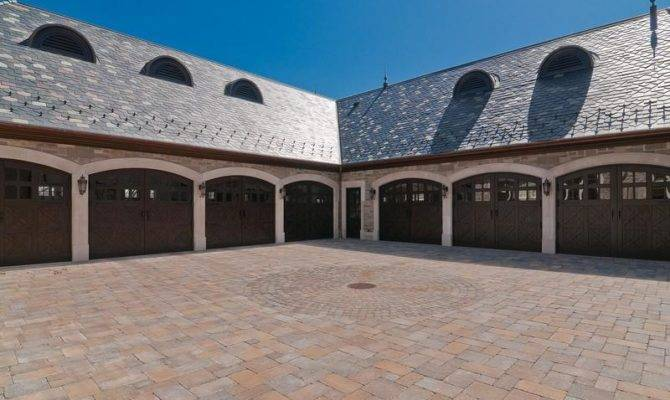 Mansion Garage Atkinson Sold Peanuts Pricey Pads
