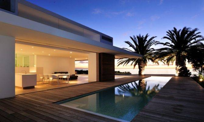 Minimalist Luxury Cape Town Residential Design
