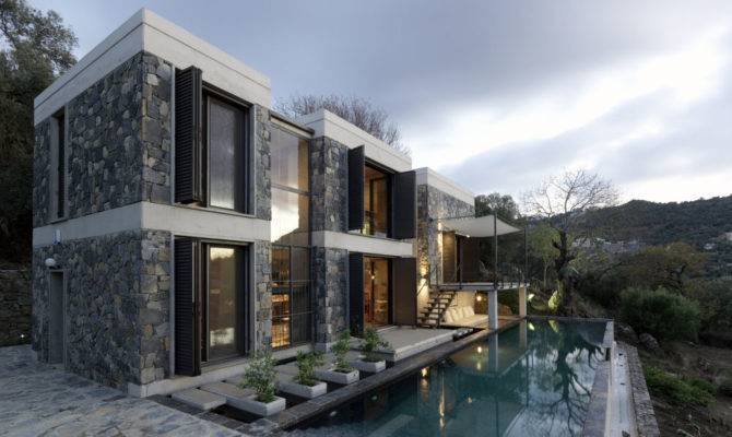 Modern But Traditional House Design Digsdigs