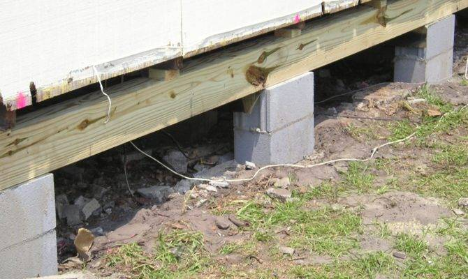 Pier Design Spacing Common Under Beam Homes