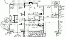 Plan Traditional One Story Home Square Feet Bedrooms