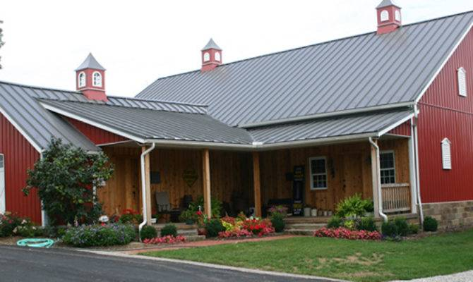 14 Cool House Plans That Look Like Barns Home Building