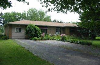 Spacious Bedroom Ranch Bungalow Port Hope Ontario Estates