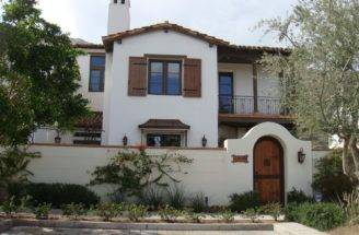 Spanish Style Homes Personally Torn Between