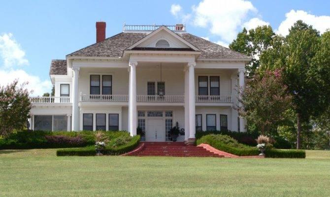 Style House Greek Revival