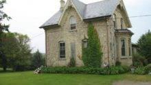 Victorian Homes Yellow Brick Ontario Apartments