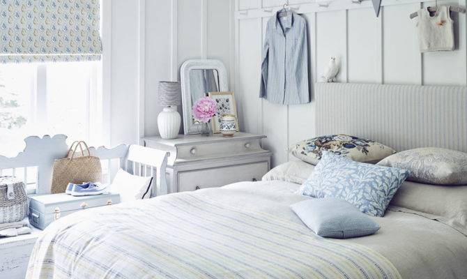 Achieve Your Dream Country Bedroom