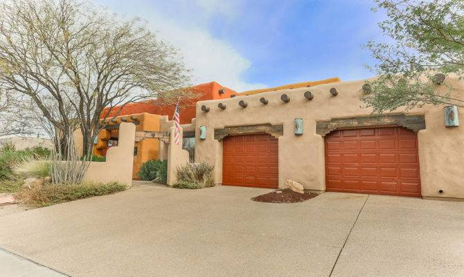 Adobe Style Home Offers Slice Southwest Las Vegas