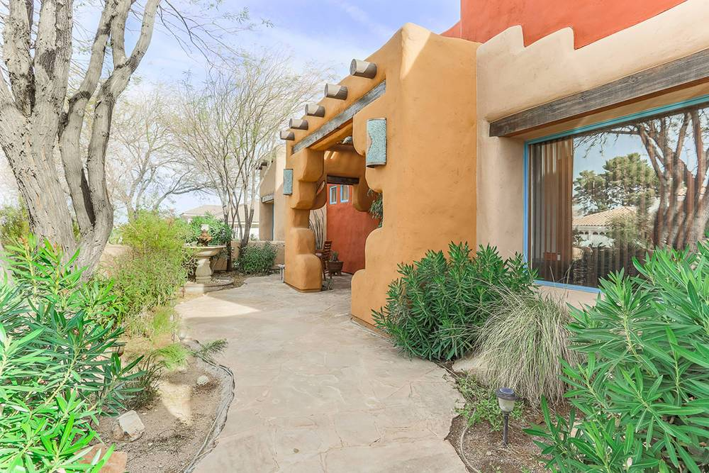 Adobe Style Home Offers Slice Southwest Las Vegas