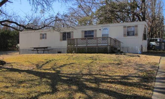 Affordable Lake Home Within Walking Distance Beach