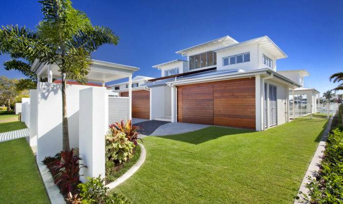 Airy Beachfront Home Contemporary Casual Style