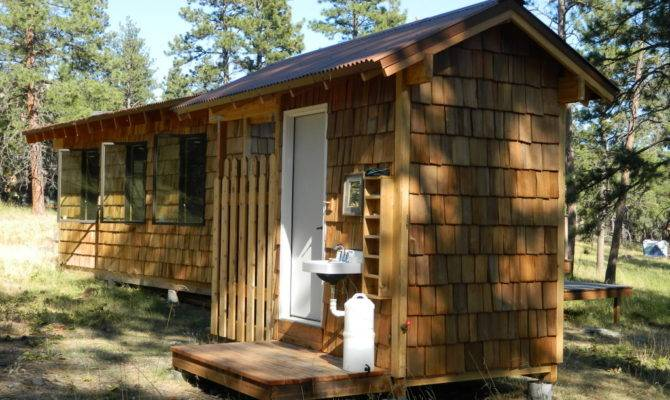 Amenity Hut Back Side Showing Outdoor Sink