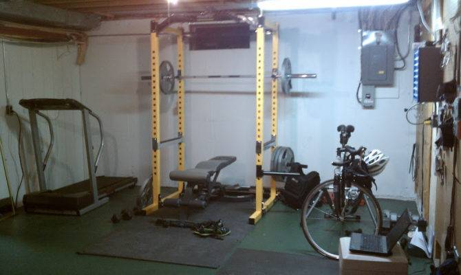 Back Crossfit Garage Gym Layout