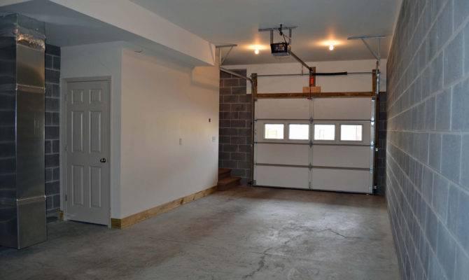 Bath Townhouse Basement Garage Wolfe