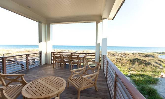 Beach Style Deck