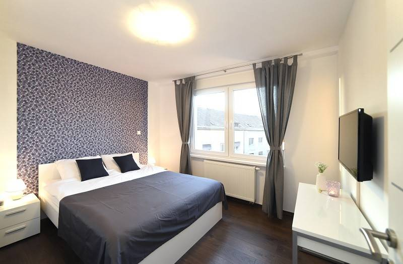 Beautiful Bright Bedroom Flat Center Rent