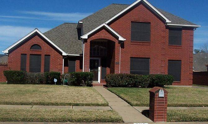 Beautiful Red Brick Homes Long Rock Missouri City