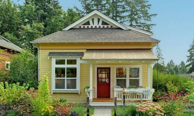 Beautiful Small House Wood Yellow Wall Design