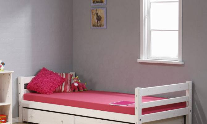Bedroom Designs Simple Single Bed Minimalist