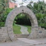 Bermuda Brief Keystone Arch