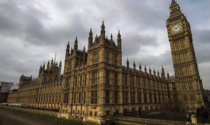 Best Gothic Revival Buildings London Photos