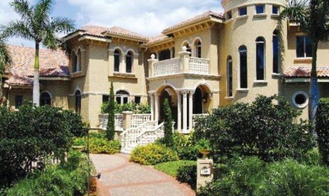 Big House Minimalist Home Design Dezine