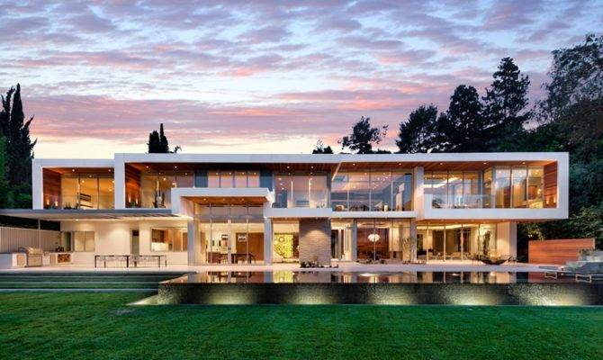 Big Modern Mansions Becuo