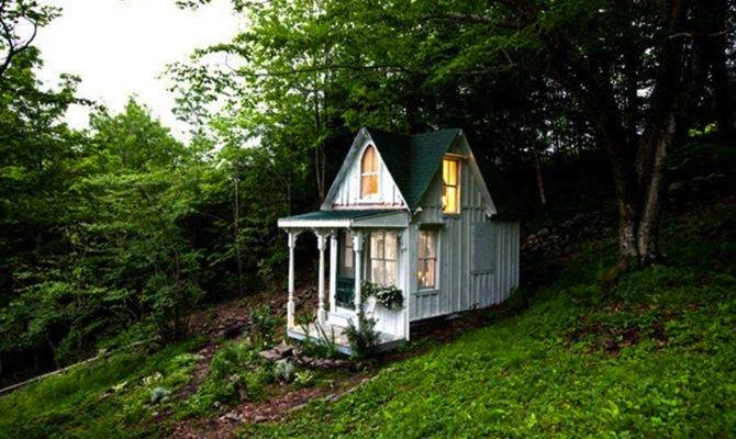 Brojects Tiny Cabins Love