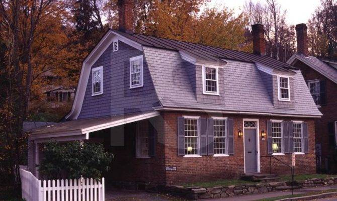 Build Gambrel Roof House