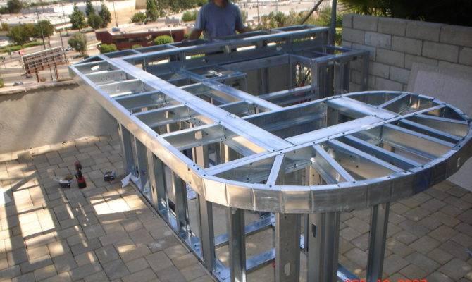 Build Outdoor Kitchen Building