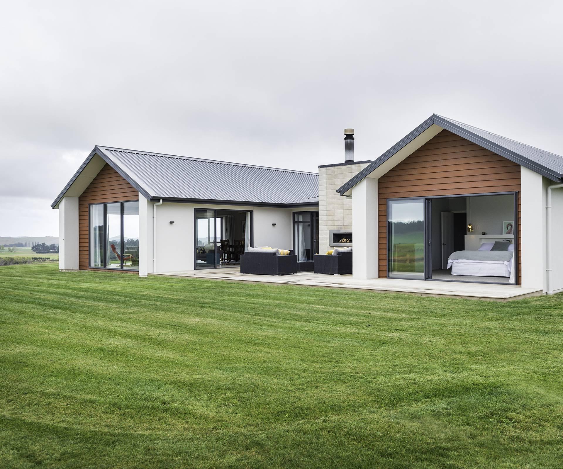 Cattle Farmers Build Their Dream Home Rural North Otago