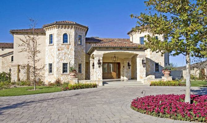Celebrity Homes Rich