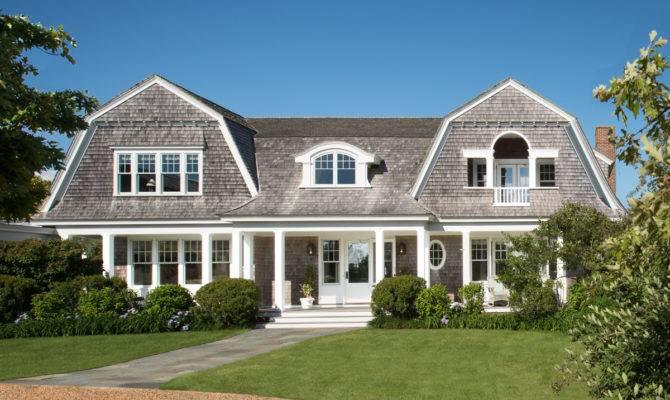 Characteristics New England Style House