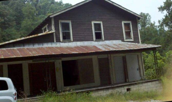 Charles Manson Childhood Homes Kentucky Speak Easy Hangout