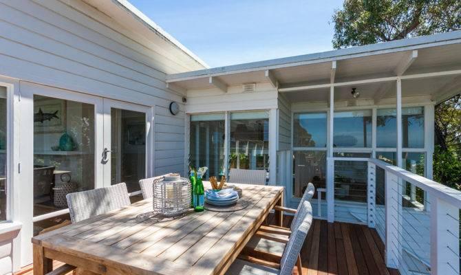 Coastal Style Beach House New Deck