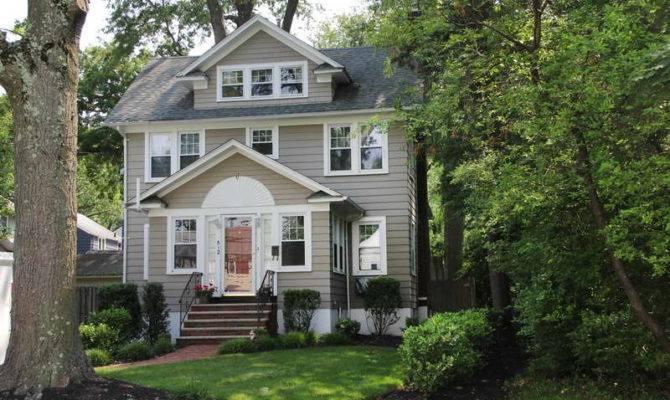 Colonial Farmhouse Design Architecture Bloombety