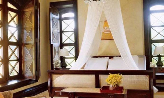 Colonial Homes Bedroom Design Ideas