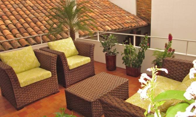 Common Area Indoor Outdoor Living Room