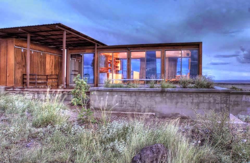 Container Minimalist House Design Extreme Desert Make