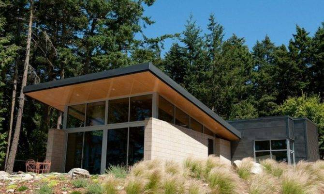 Contemporary Cabin Intriguing Design Details